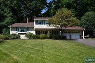 686 Kennedy Dr Township Of Washington NJ, 07676