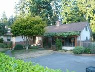 20736 2nd Ave Sw Normandy Park WA, 98166