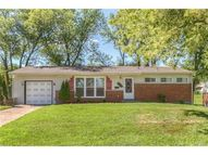 8900 Iroquois Drive Olivette MO, 63132