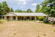 38 Island Creek Dr Seale AL, 36875