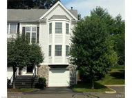 1006 Bradford Dr 1006 Danbury CT, 06811