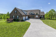 2433 Robin Ridge Drive Maryville TN, 37801