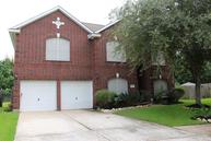 3719 Wellington Dr Pearland TX, 77584