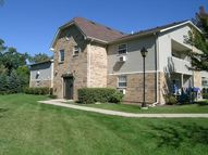 1570 West Sand Bar Court 1d Round Lake Beach IL, 60073