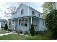 138 Shore Rd Waterford CT, 06385
