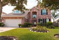 2803 Chinaberry Park Ln League City TX, 77573