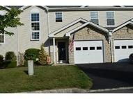 5 Crestmont Ct Hamburg NJ, 07419