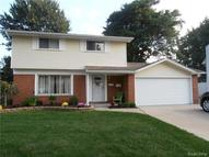40537 Irval Drive Sterling Heights MI, 48313