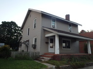 921 Perry St Vincennes IN, 47591