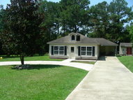 512 Lakeside Dr. Carriere MS, 39426