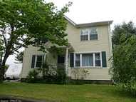 29 Fogarty Ave Griswold CT, 06351