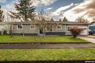 716 28th St Se Albany OR, 97322