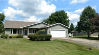 165 Niehoff Dr Fall River WI, 53932