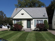 18612 Ferncliffe Avenue Cleveland OH, 44135