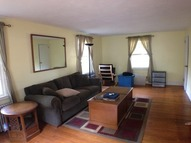 676 Palisado Ave Windsor CT, 06095