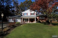 27 Rutherford Pl Montvale NJ, 07645