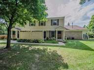 7593 Woodview Drive Waterford MI, 48327