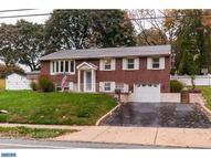 4943 Chester Creek Rd Brookhaven PA, 19015