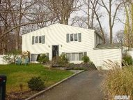 40 Ivy League Ln Stony Brook NY, 11790