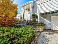 500 Meadow Ct Southold NY, 11971