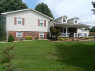 215 Booger Ridge Ln. Gainesboro TN, 38562