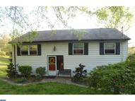 54 Laurie Hill Rd Ottsville PA, 18942