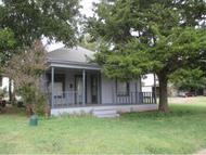 813 N 4th Sayre OK, 73662