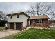 5908 Nw Walnut Creek Drive Parkville MO, 64152