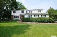 7 Whitman Ct Huntington NY, 11743