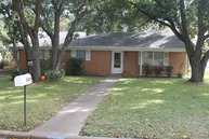 2309 Gladnell Taylor TX, 76574