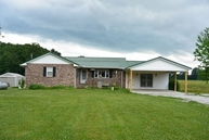 8422 E State Road 48 Shelburn IN, 47879