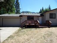 211 Phillips St Canyonville OR, 97417