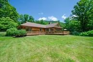 250 Mill Pond Ct Ascutney VT, 05030