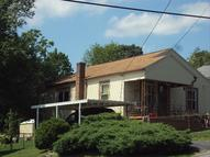 176 4th Street Bradley WV, 25818