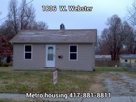 1806 W Webster Springfield MO, 65802