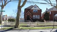 127 Piccadilly Dwns Lynbrook NY, 11563