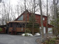 38 Country Club Dr Thornhurst PA, 18424