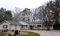 1605 Echo Valley Drive Niles MI, 49120