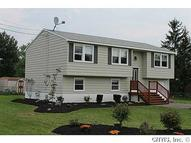 8812 Larchmont Dr Brewerton NY, 13029