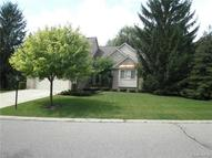 16725 Country Knoll Drive Northville MI, 48168