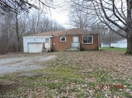 224 Jacobs Rd Hubbard OH, 44425