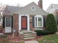 1533 Hollywood Ave. Grosse Pointe Woods MI, 48236