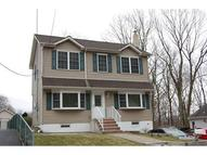 21 Coolidge Trl Hopatcong NJ, 07843