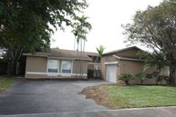 3944 Nw 2nd Ct Deerfield Beach FL, 33442