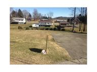 213 Courtland Rd Indiana PA, 15701