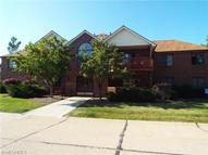 8663 Scenicview Drive #206 Broadview Heights OH, 44147