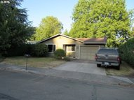 1560 Se Essex St Mcminnville OR, 97128