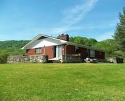 195 Siler Lane Middlesboro KY, 40965