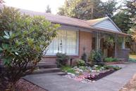 6809 Ne 166th Ct Kenmore WA, 98028
