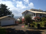4421 Sw Coast Ave. Lincoln City OR, 97367